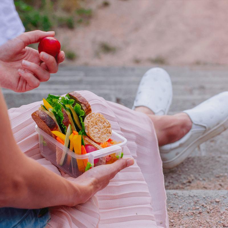 Lunchwandelen doe je gemakkelijk met een voedzame lunch to-go I Albert Heijn