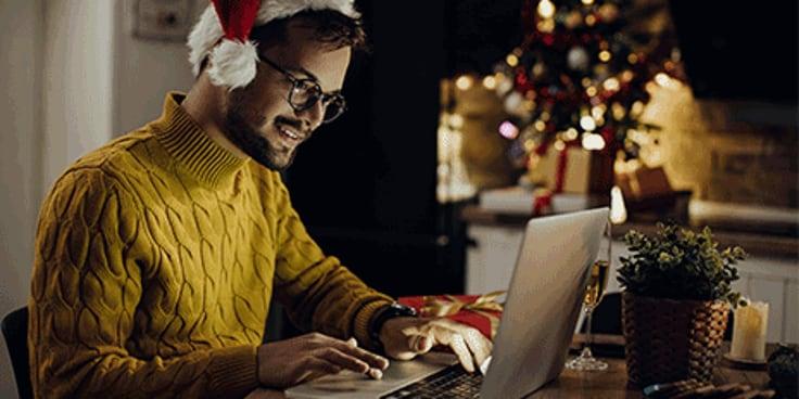 Doe mee aan een online kerstquiz met collega's. Lees meer tips van Albert Heijn.