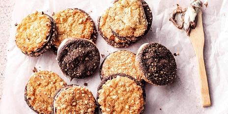 Sandwich cookies met hazelnoot