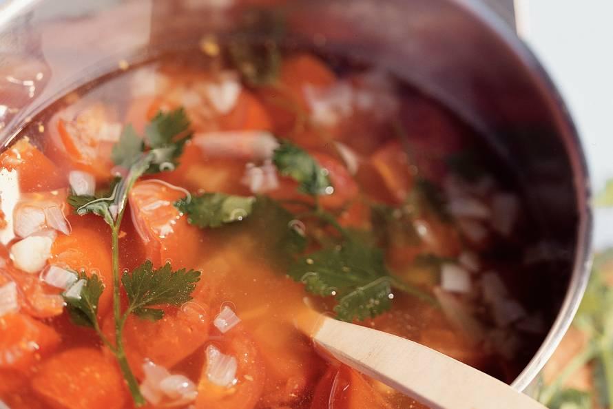 Tomatensoep met runderballetjes