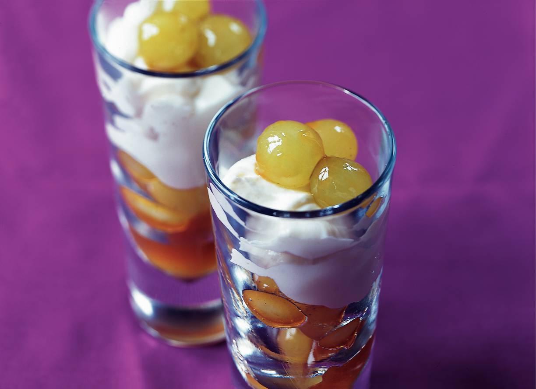 Druiven in karamel met roomyoghurt