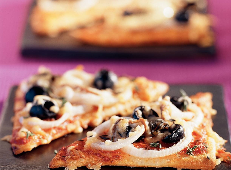 Pizzaruitjes met gele ui