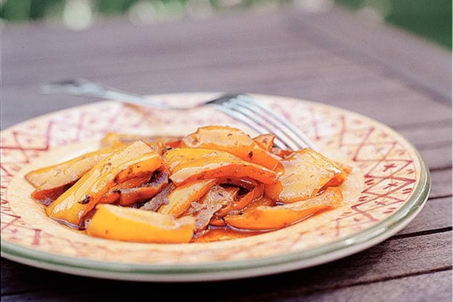 Gesmoorde paprika met ansjovis