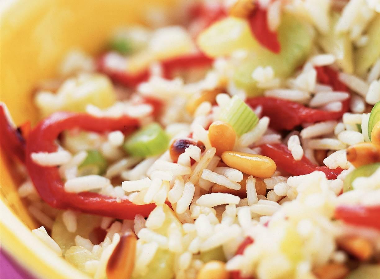 Rijstsalade met geroosterde paprika
