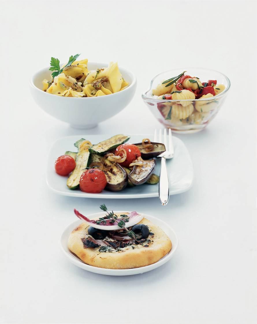 Tortelloni met walnoten, pesto en bleekselderij