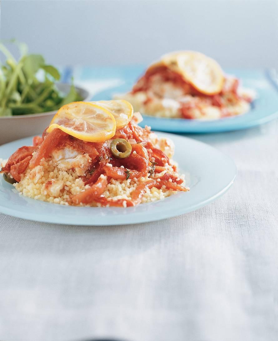 Kabeljauw met tomaat, paprika en olijven uit de oven