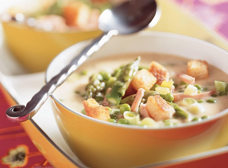 Mosterdsoep met asperge en ham