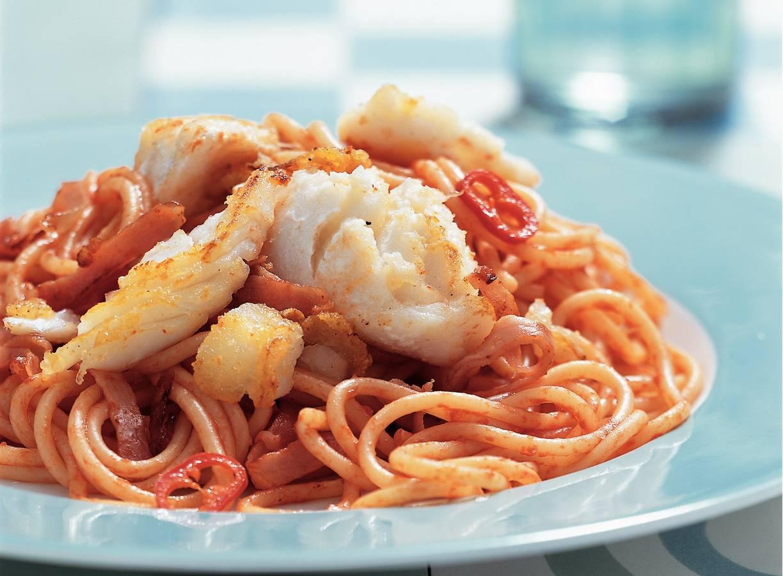 Pittige pasta met vis