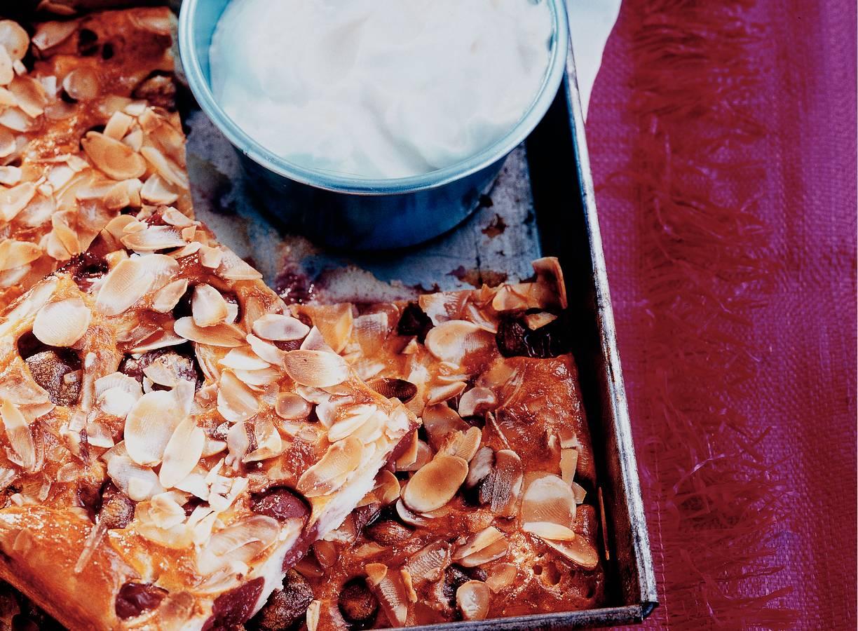 Franse kersenkoek met kwarkroom