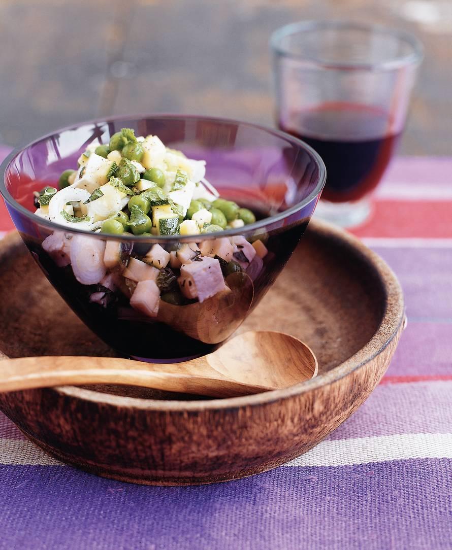 Doperwten-courgettesalade met witte kaas