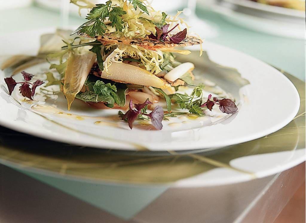 Salade van witlof met tijmkletskoppen - Albert Heijn