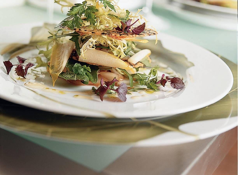 Salade van witlof met tijmkletskoppen