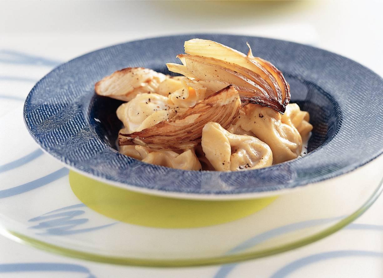 Tortelloni met noten en geroosterde venkel