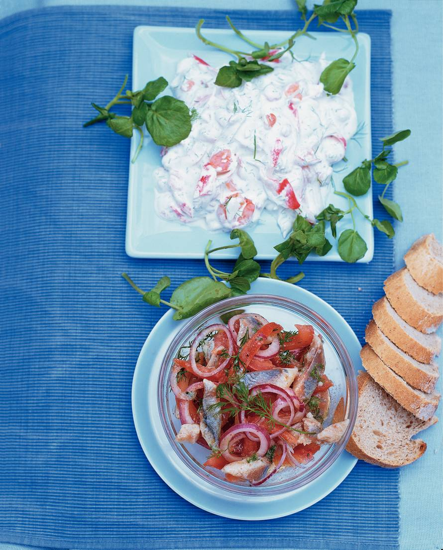 Gemarineerde haring met tomaat