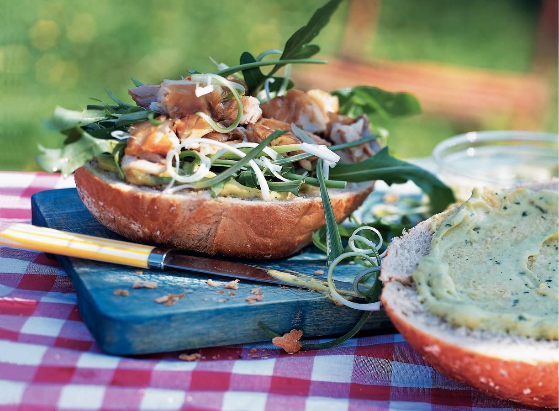Makreel-avocadobol