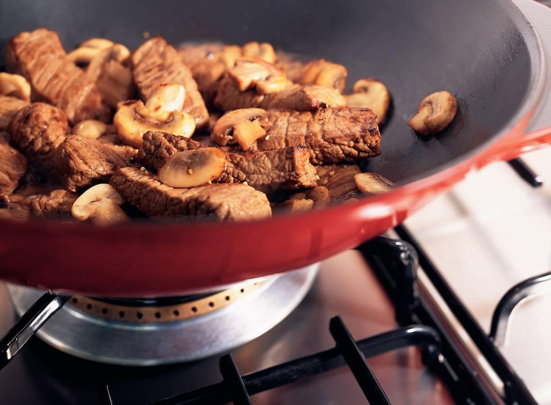 Gebakken biefstuk met champignon-portsaus