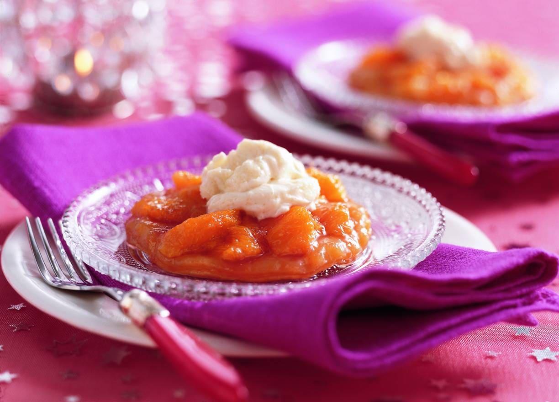 Omgekeerde sinaasappeltaartjes met Camparisiroop