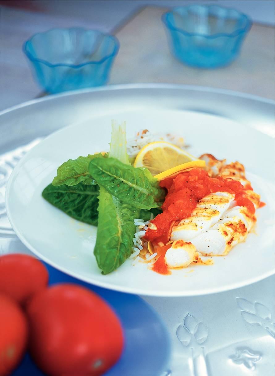 Gegrilde kabeljauw met geurige tomatensaus