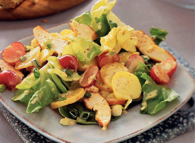 Aardappelsalade met kip en radijs