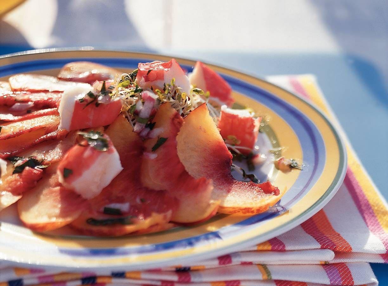 Nectarinesalade met surimi