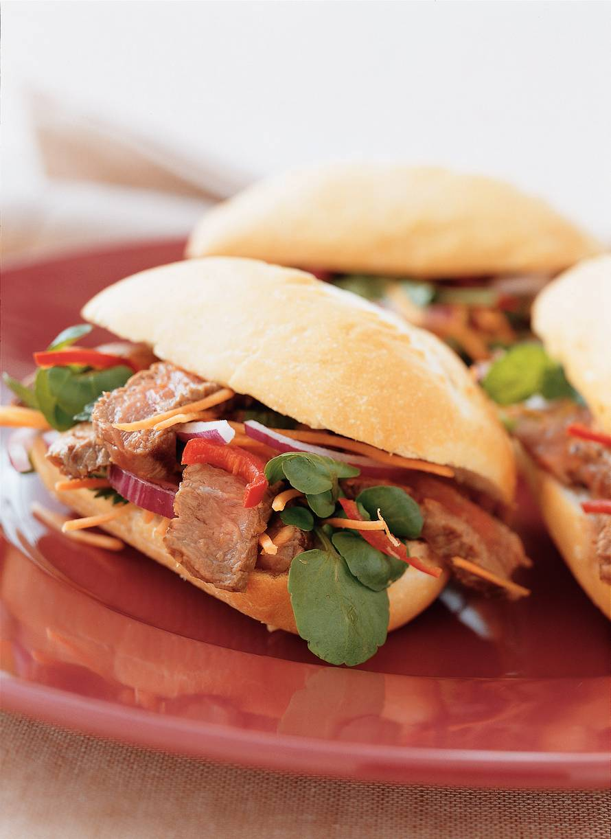 Vietnamees broodje biefstuk