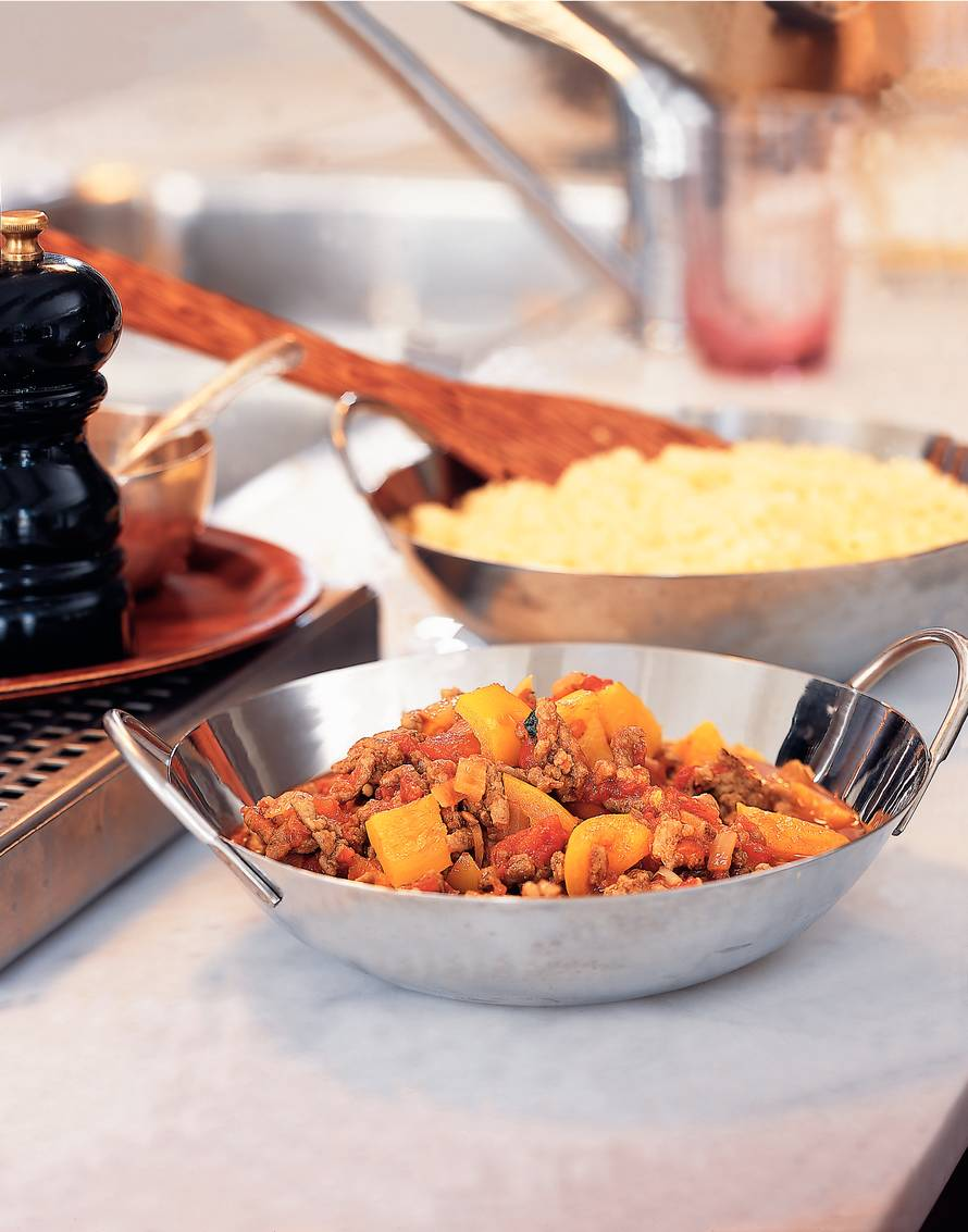 Couscous met pittige gehaktsaus