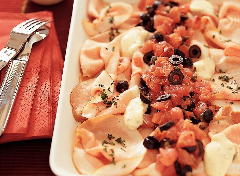 Fricandeau met tonijnsalade en citroenmayonaise