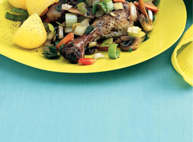 Stoofpotje van kip en champignons