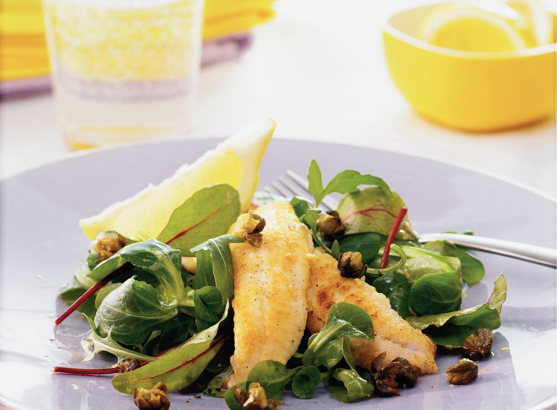Salade met sliptong en gefrituurde kappertjes