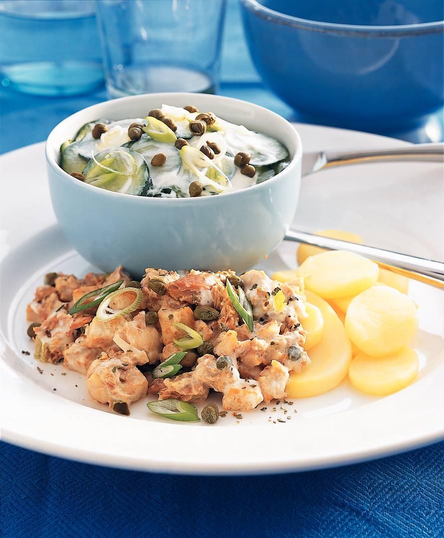 Aardappelschijfjes met kip en tonijn