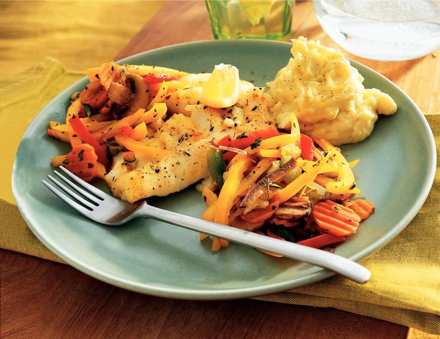Kabeljauw met Provençaalse groenten en  aardappel-knoflookpuree