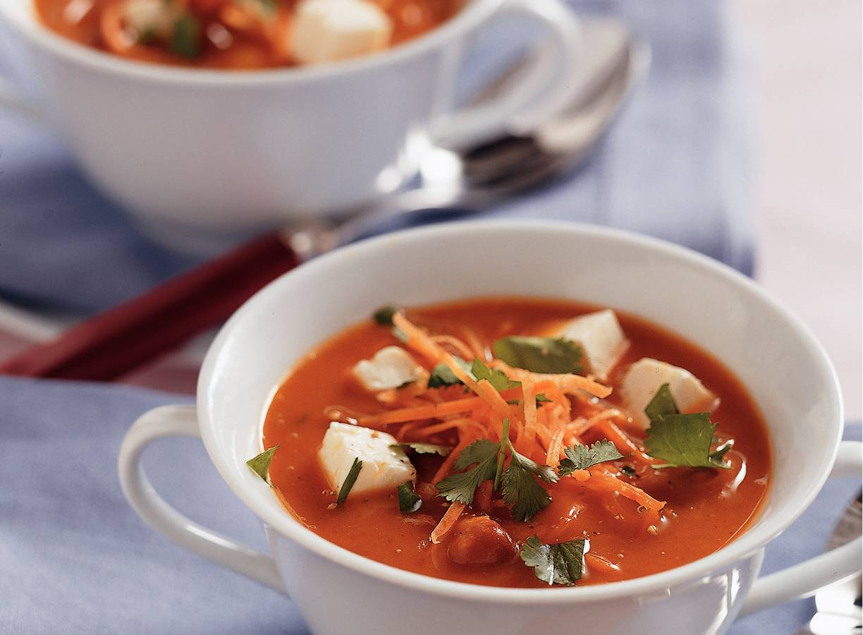 Kerriesoep met wortel en koriander