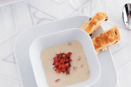 Venkelsoep met tomatensalsa recept allerhande albert heijn - Ma voorgerecht ontwerp ...