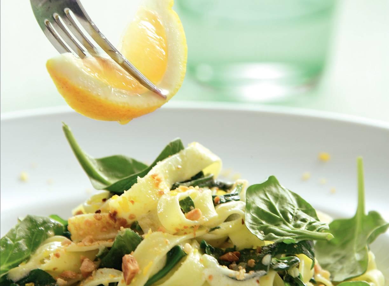 Tagliatelle met spinazie en citroenroomsaus