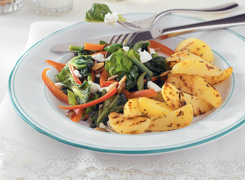 Aardappelpartjes met spinazie en geitenkaas
