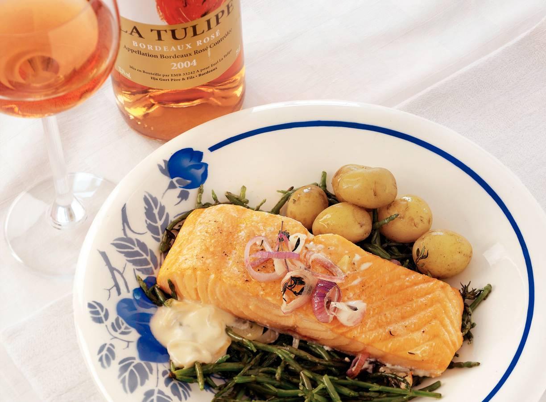 Zalm uit de oven met zeekraal en rosé