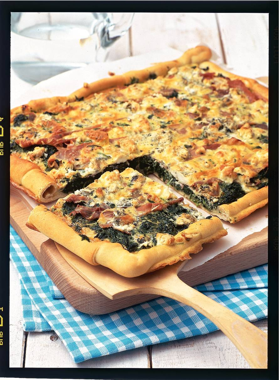 Spinazietaart met blauwe kaas & gedroogde ham