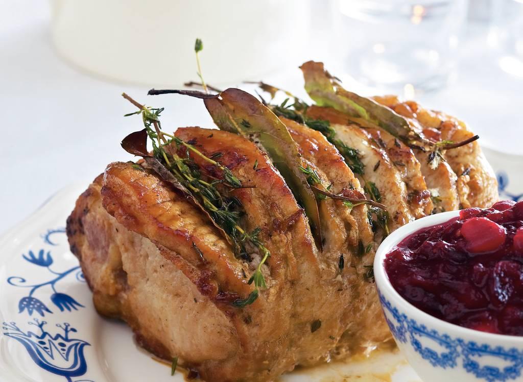 Gemarineerde rollade met cranberrysaus - Albert Heijn