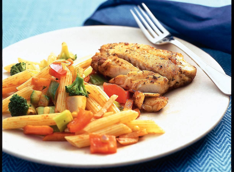 Gemarineerde vis met groentepasta