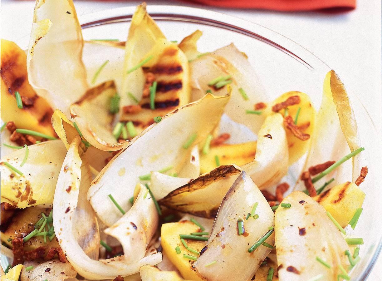 Lauwwarme witlofsalade met appel