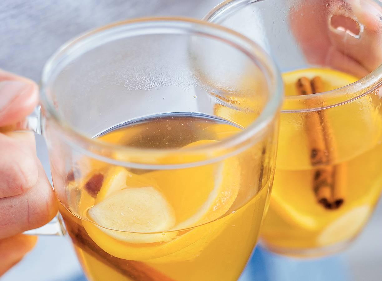 Sinaasappelthee met kaneel