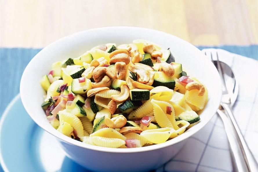 vegetarische pasta courgette