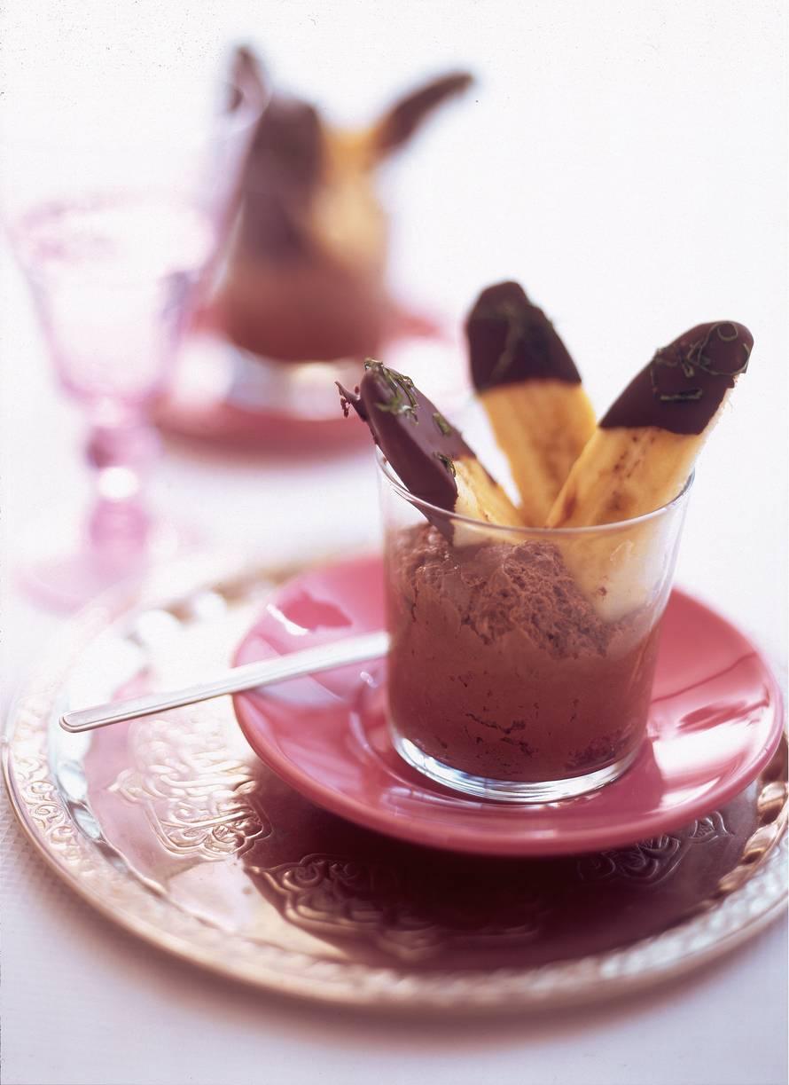 Banaan met chocolade en basilicum