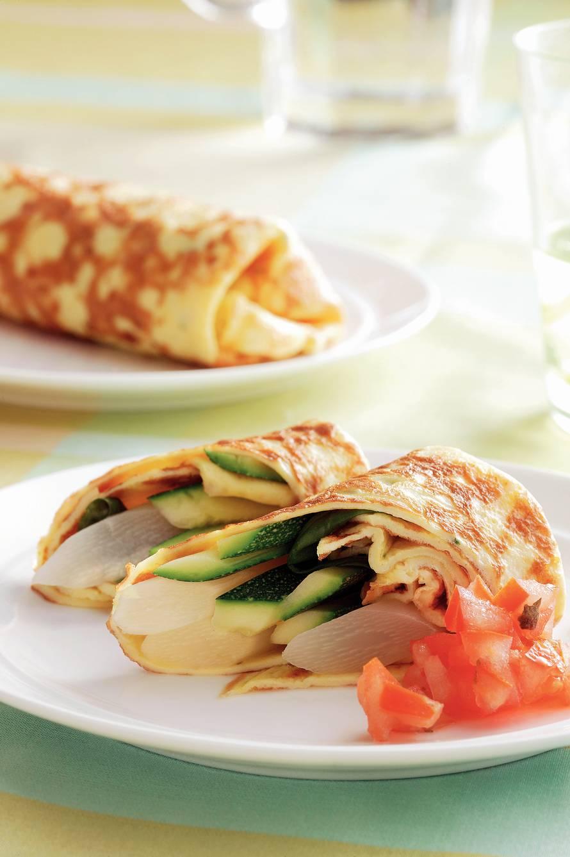 Omeletrolletjes met groentereepjes