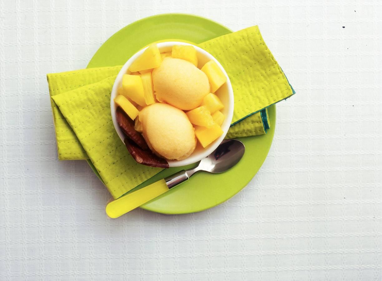 Sorbet met mango en ananas