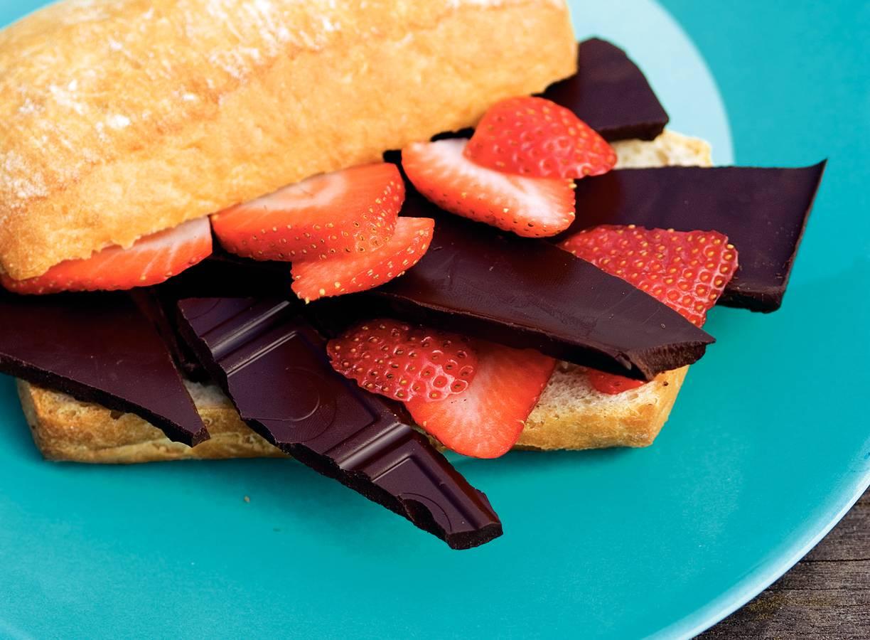 Chocoladebroodjes met fruit