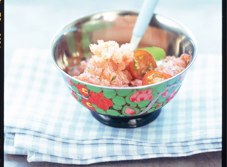 Tomaten-muntsorbetijs