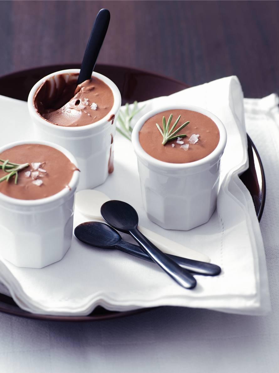 Chocolademousse met rozemarijn