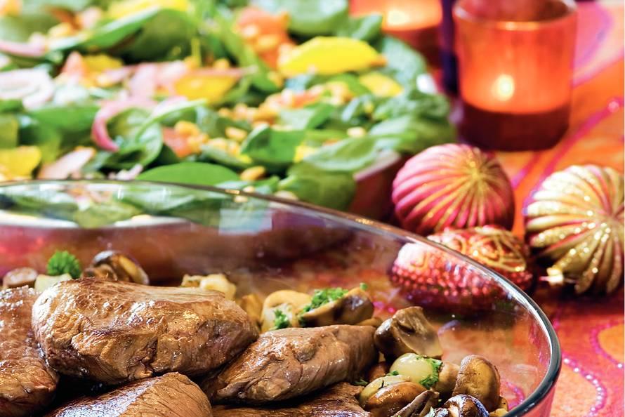 ossenhaas met citrussalade - recept - allerhande - albert heijn