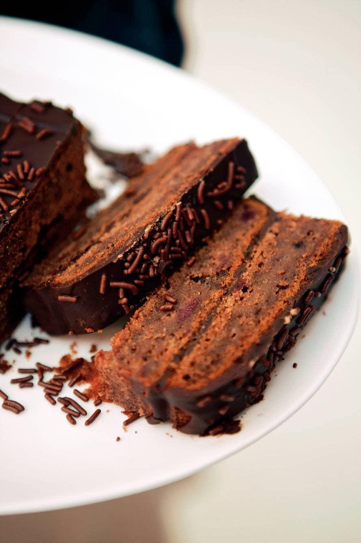 Chocoladecake met kersenjam